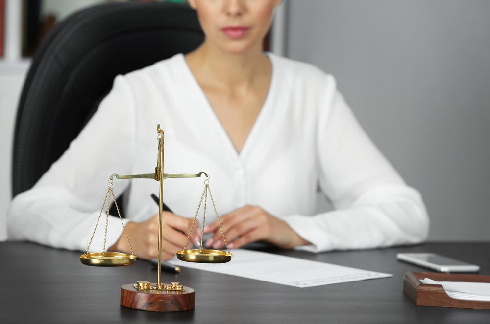 Litige assurance : comment et pourquoi faire appel à un avocat spécialisé ?